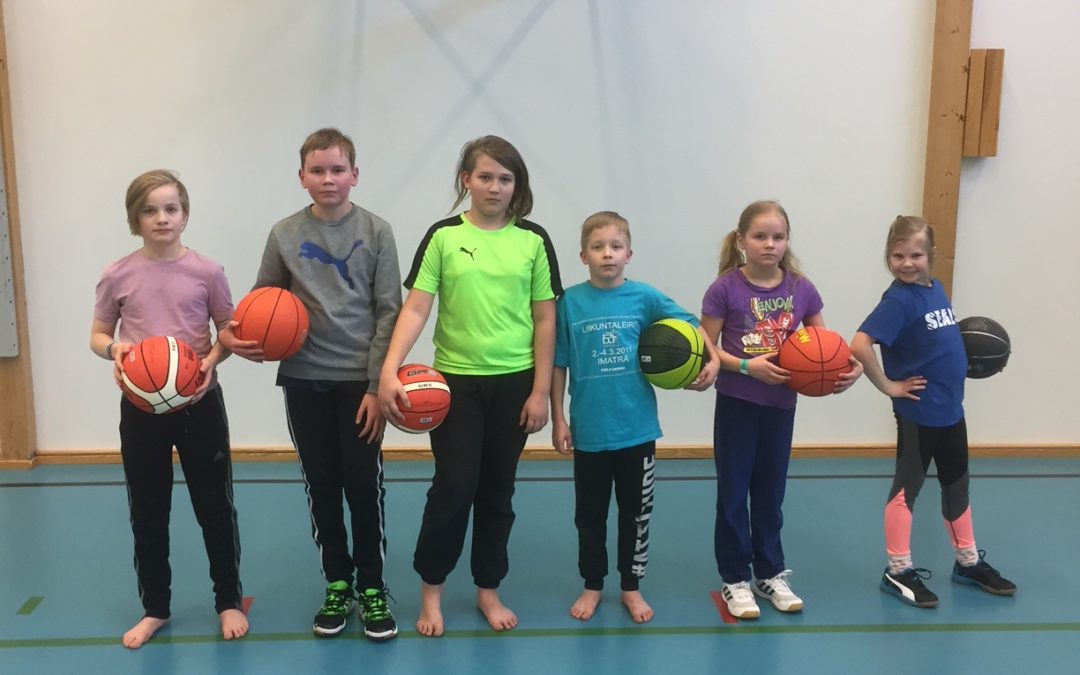 Seals Basket jalkautui Korvenkylään