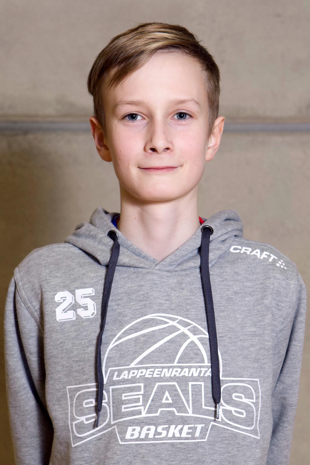 #25 Niklas Hagman